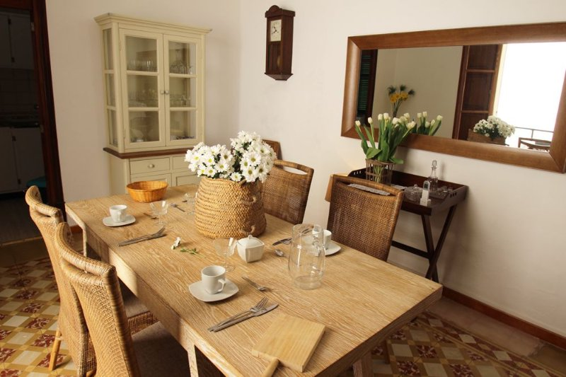 Super Central Townhouse In The Heart Of Soller, alquiler vacacional en Sóller