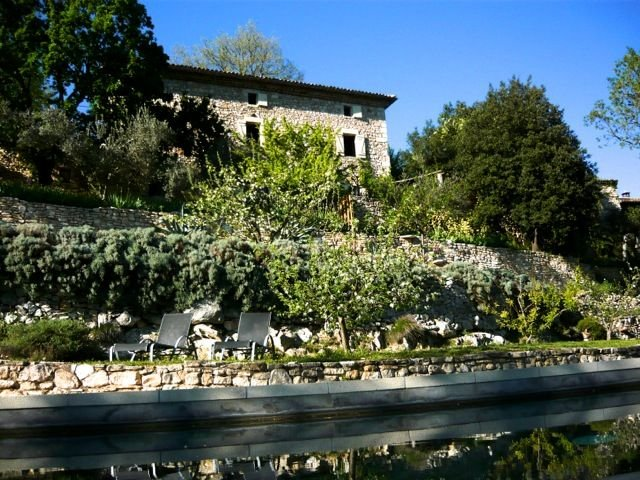 mas de charme, piscine privée, vue splendide Vallée de la Cèze, Gard, location de vacances à Montclus