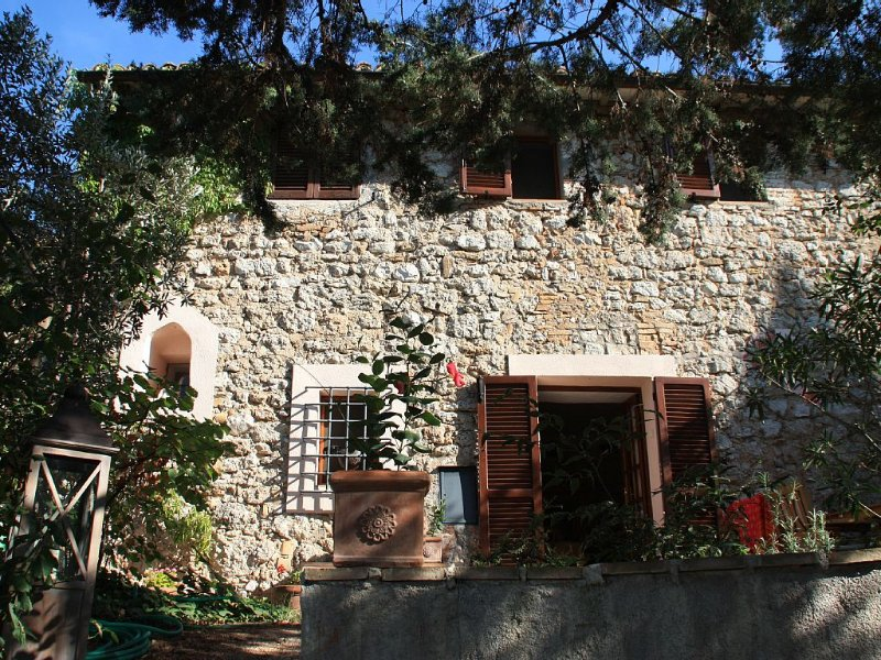 Detached House With Private Pool, holiday rental in Coste