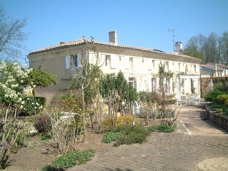 La Maison dans les Vignes, holiday rental in Berson