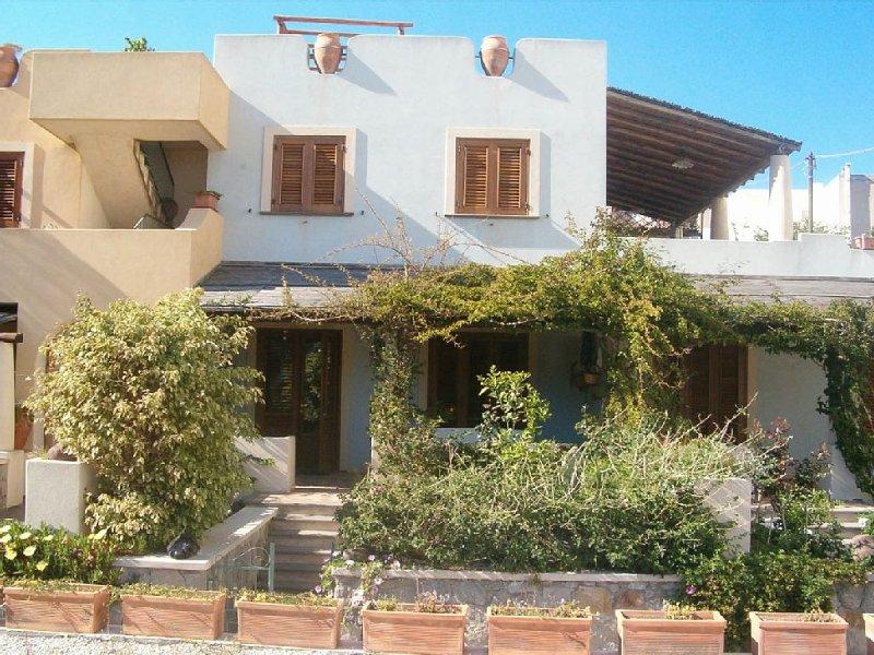 Lipari - casa tipica, holiday rental in San Salvatore