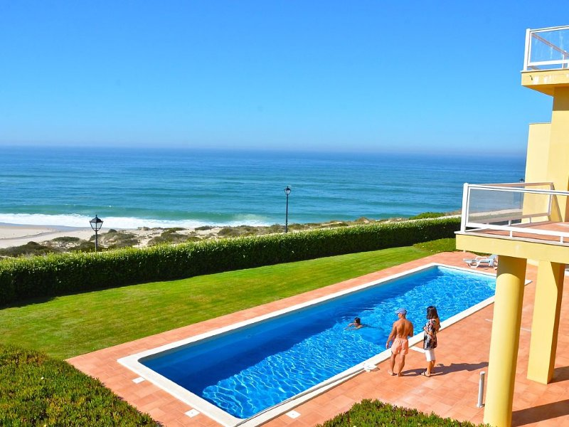 The Beach House Swimming pool and view