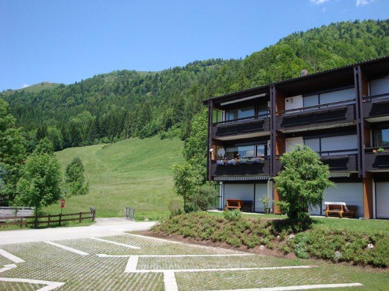 Luxus 6 pers. Appartement mit Gästezimmer im nahe von Golfplatz und See, location de vacances à Walchsee