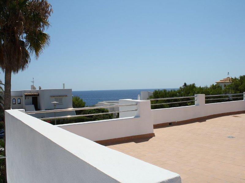 Haus am Meer bei Cala D´or , Meerblick, Pool, Klima, WLAN, SAT-TV, sep. Studio, holiday rental in Cala Serena