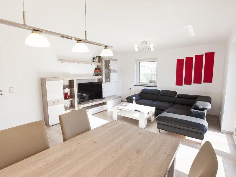 Ferienappartment mit gehobener Ausstattung (Neubau) am Bostalsee, holiday rental in Saarland