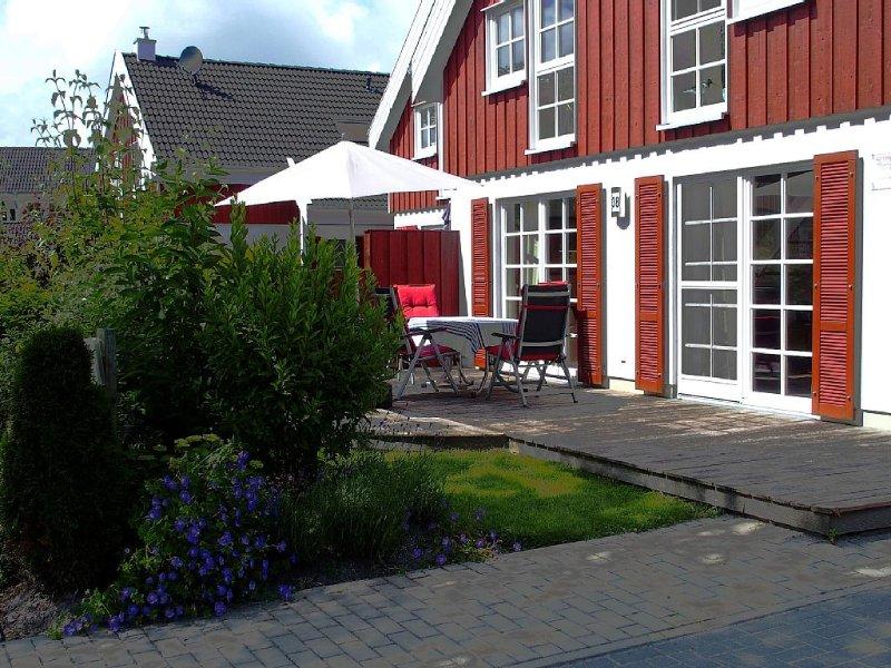 LUXURIOUS HOUSE WITH SAUNA, JACUZZI, FIREPLACE, UNDERFLOOR HEATING, location de vacances à Krummhoern