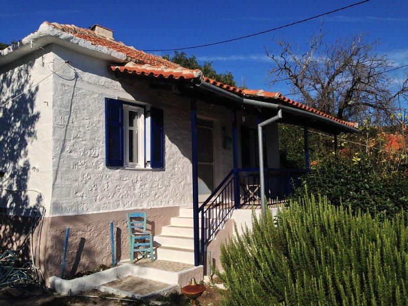 Ein altes  Steinhaus mit Atelier für bis zu 7 Personen - NEUERÖFFNUNG 2022, casa vacanza a Lygia