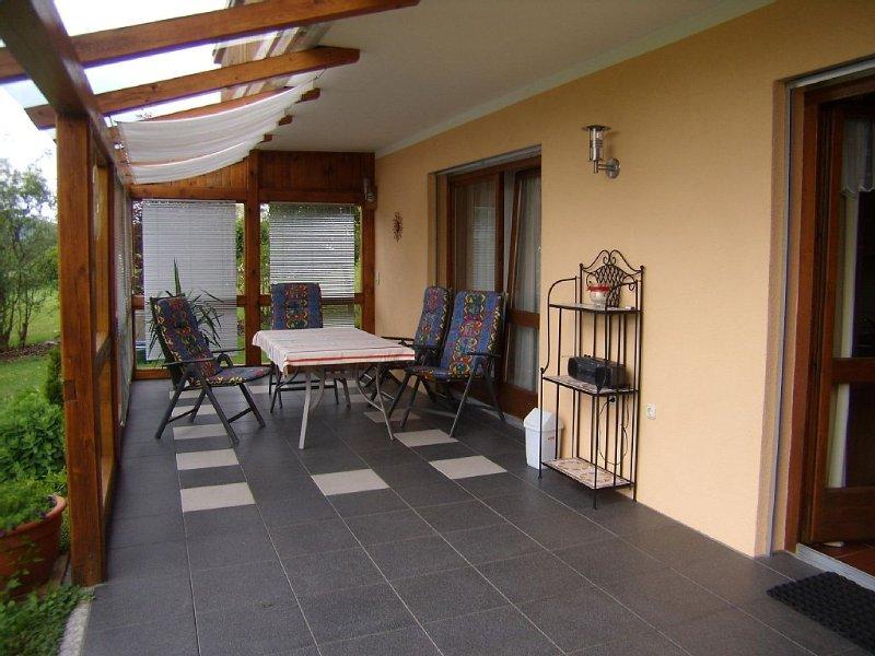 schöne familienfreundliche Ferienwohnung in sonniger und ruhiger Lage, location de vacances à March