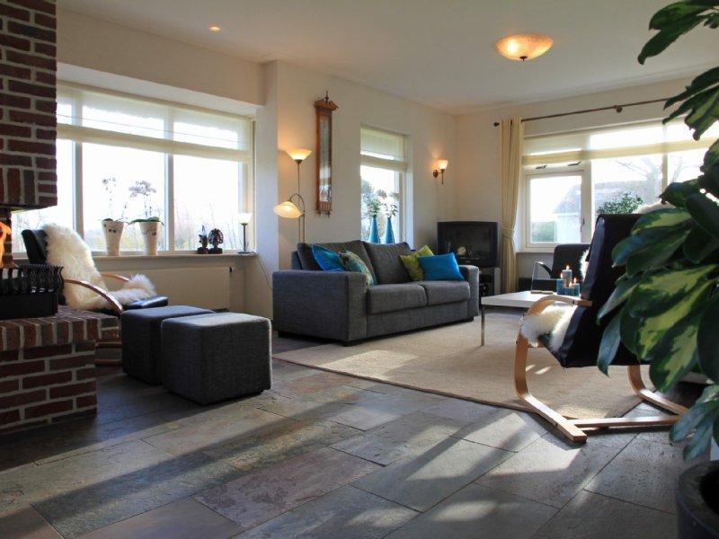 befindet sich in Landschaft von Bergen, nahe dem Strand und Wald, für 8 personen, holiday rental in Oterleek