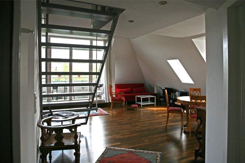 Im Villenviertel Westend, zentral im Westteil Berlins, nahe Messegelände, ICC,, vacation rental in Oberkraemer