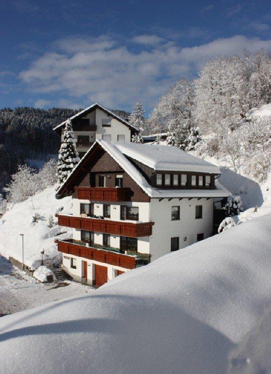 Haus Armbruster im Winter