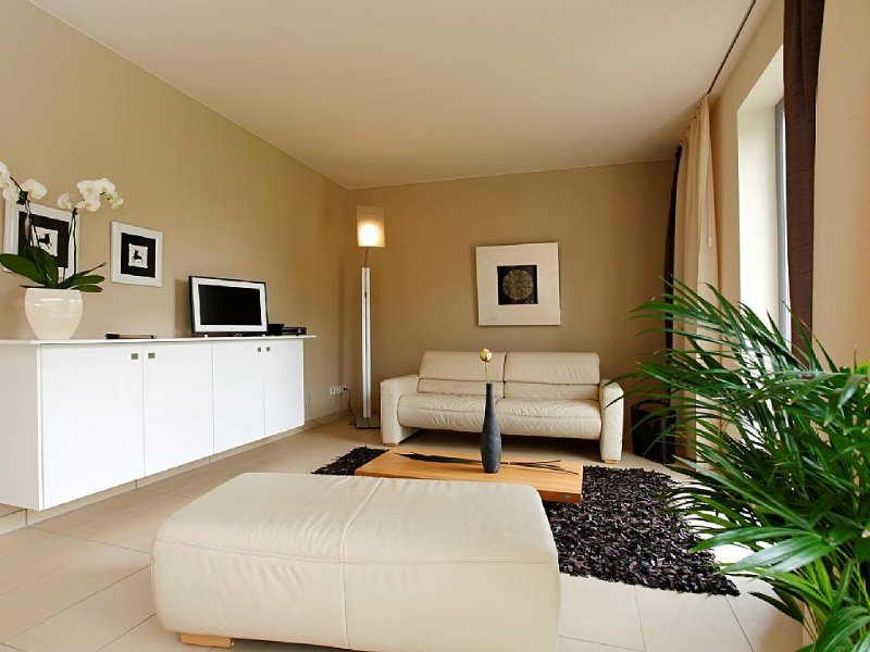 80qm großzügiges Ambiente in Loschwitz,Garten&Terrasse, ab 66,00€/N./frei Parken, vacation rental in Dresden