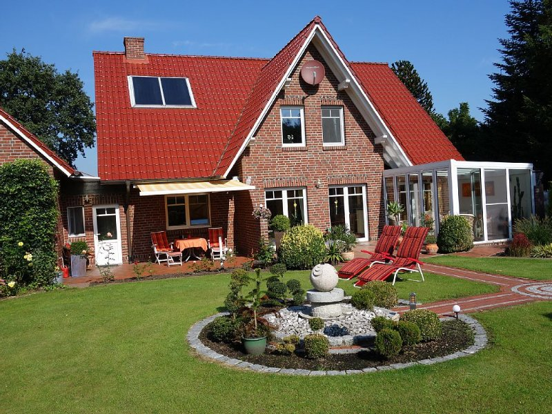 Top Fewo mit WLAN in erholsamer Lage in Wiesmoor/Ostfriesland/Nähe Nordseeküste, holiday rental in Detern