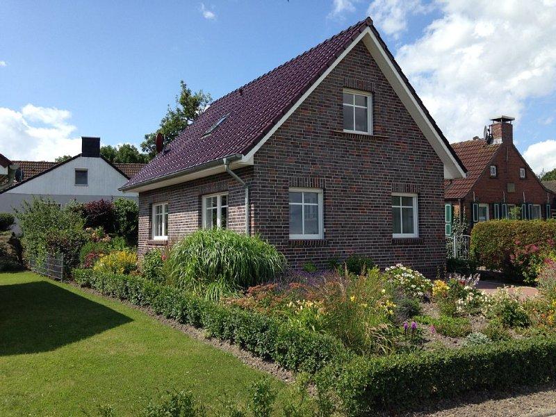 Ferienhaus im idyllischen Ferienort am Leuchtturm, location de vacances à Emden