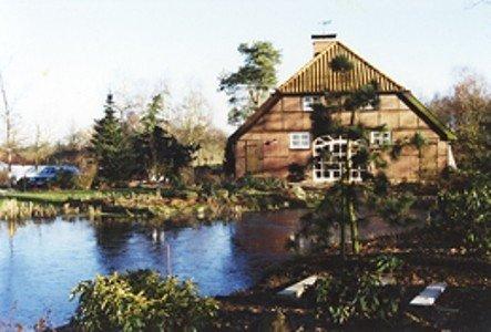 Lalndschaftstypisches Bauernhaus  in Alleinlage, location de vacances à Stadland