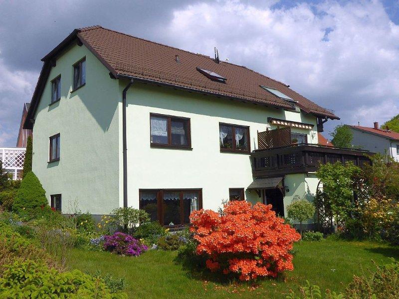 Komfortable  Ferienwohnung hoch über Dresden am oberen Rand des Elbtals, location de vacances à Pirna