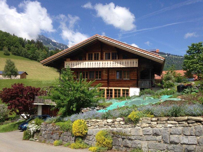 Exklusive, sonnige und ruhige Ferienwohnung für 2-6 Personen, alquiler vacacional en Heubach