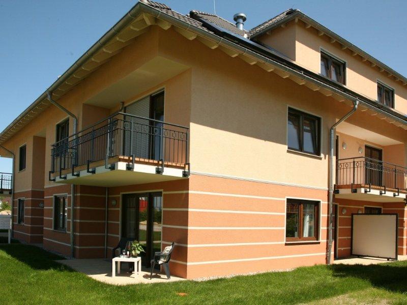 300 Meter zur Ostsee - Zwei Terrassen und Garten - WLAN verfügbar, casa vacanza a Admannshagen-Bargeshagen
