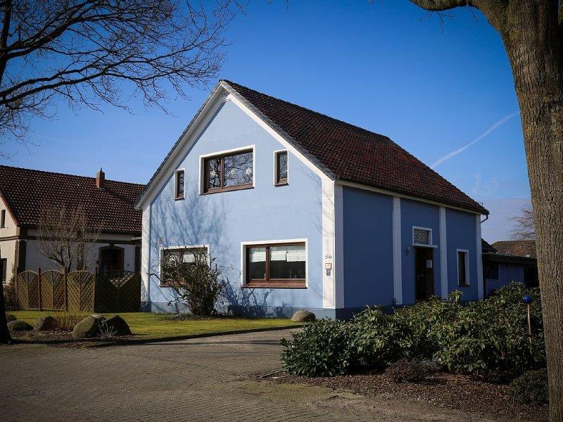 100qm Sterne-Ferien-Wohnung, Nähe Weserstrand+Nordsee, ruhige+schöne Lage, location de vacances à Stadland