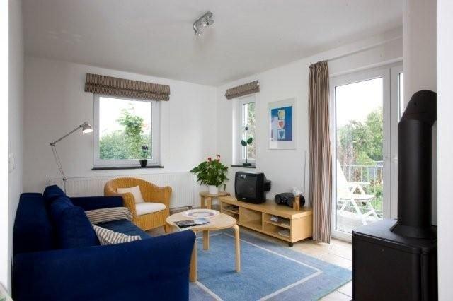 Strandnahe, ruhige Ferienwohnung mit Süd-Balkon, ideal für 2 Personen, casa vacanza a Wittenbeck