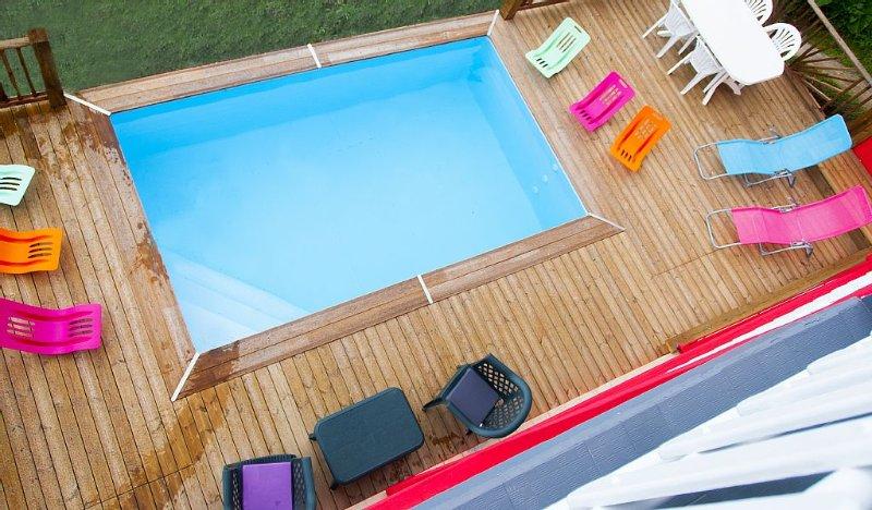 NOUVEAU haut de villa indépendant , vue mer panoramique,3chambres clim, piscine, holiday rental in Sainte-Luce
