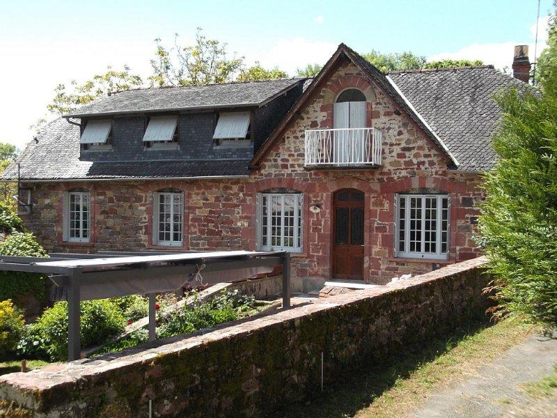 Gîte  de Langlade à Collonges la Rouge sud Corrèze, holiday rental in Le Pescher