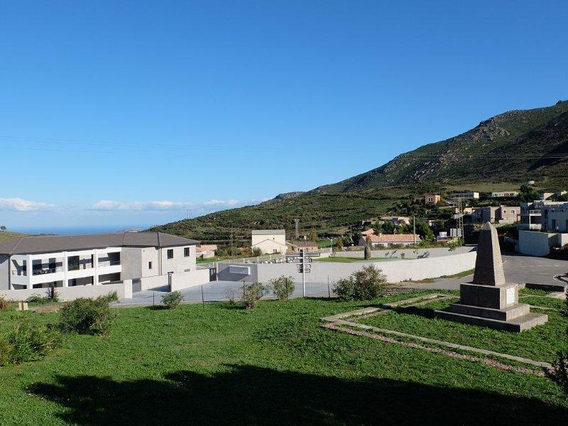 Appartement T3 pour 6 personnes dans résidence de standing avec piscine, holiday rental in Murato