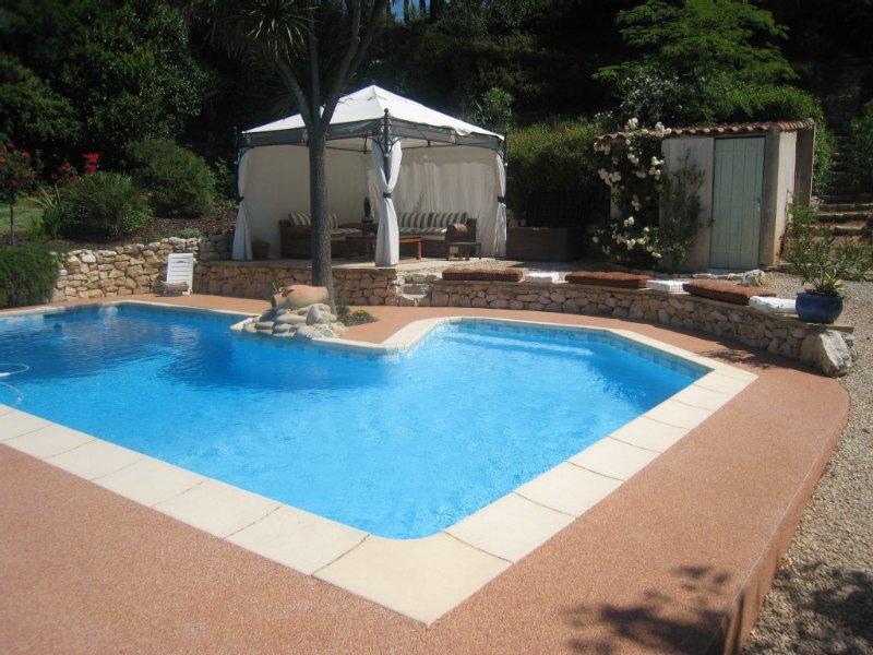 Appartement indépendant 2 pièces dans villa avec piscine, AIX EN PROVENCE (13), holiday rental in Aix-en-Provence