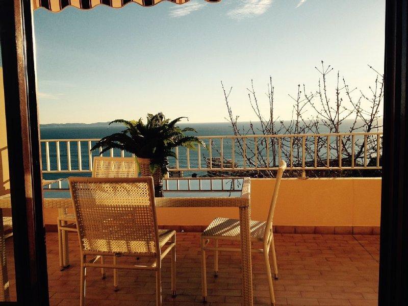 MAGNIFIQUE APPARTEMENT GRANDE VUE MER - 25% reduction du 16/6 AU 15/7/20, vacation rental in Villanova