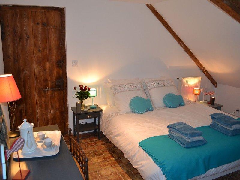Appartement de charme très calme, 3 personnes, centre ville,  parking privé., holiday rental in Honfleur