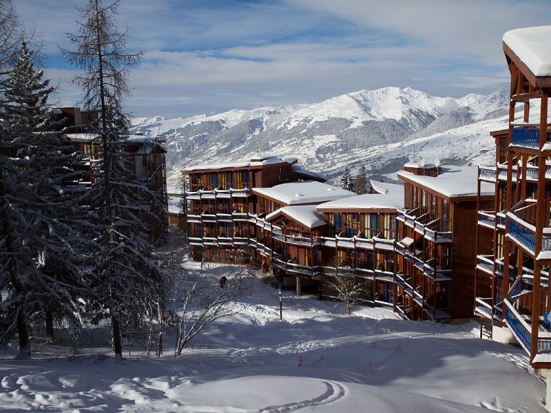 Arcs 1800 Skis aux pieds - Duplex 5 personnes Expo Sud Ouest très ensoleillé., holiday rental in Les Arcs