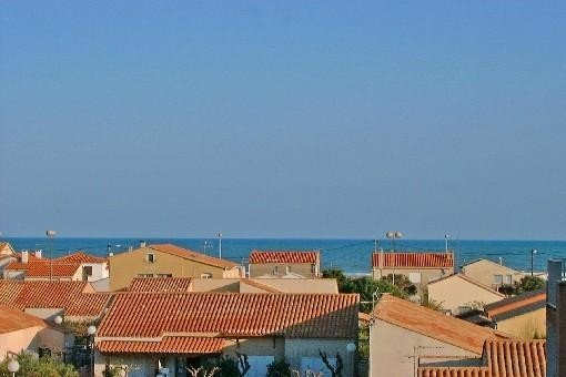 Appartement spacieux avec piscine et vue sur mer, proche plage, vacation rental in Narbonne