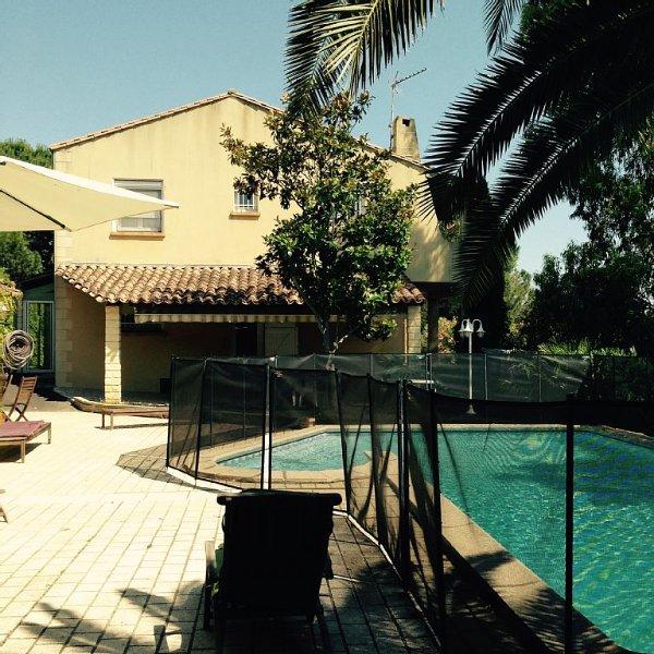 Superbe Villa méditerranée privee ,Vue Mer, entre Beziers et Agde Piscine chaufe, vacation rental in Villeneuve les Beziers