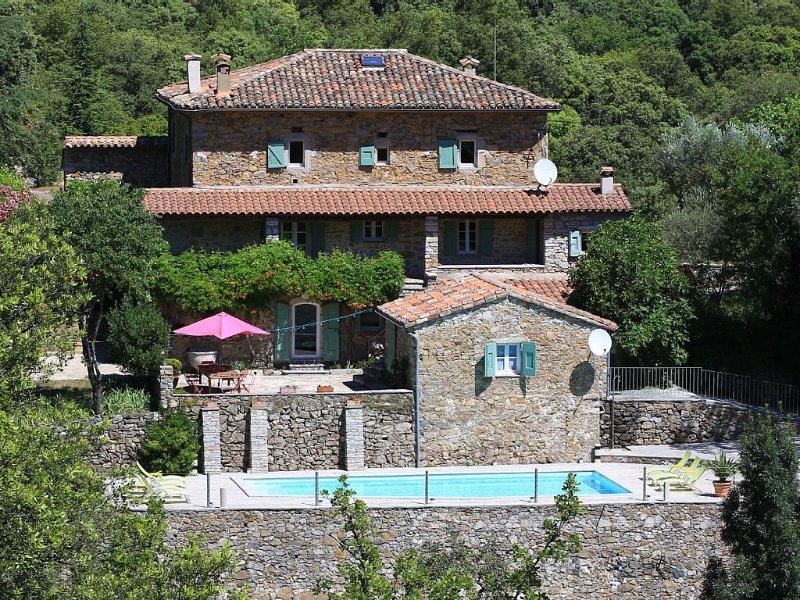 Cévennes - Très belle maison du 18ème et ses 120ha de terres  (piscine, wifi), location de vacances à La Cadière-et-Cambo