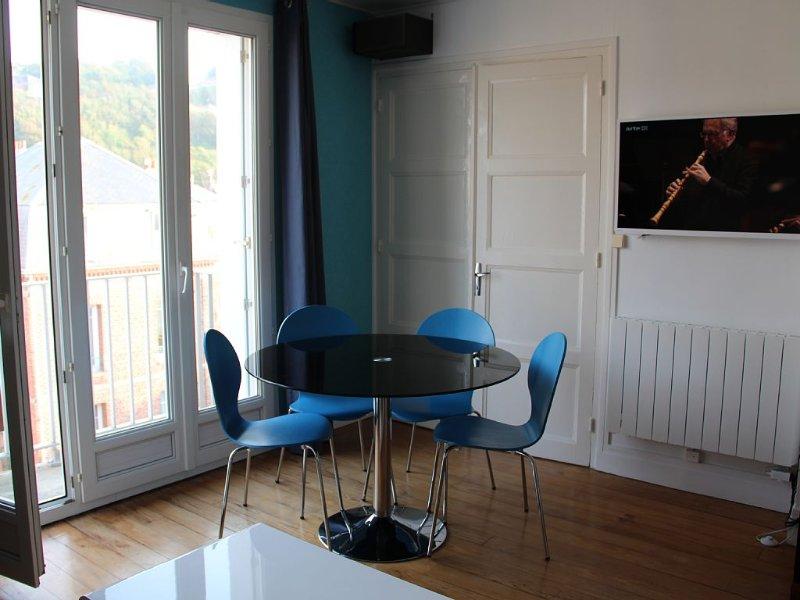 Appartement 40 m2, meublé classé 3 *, expo sud, Le Tréport plein centre et plage, Ferienwohnung in Mesnil-Val