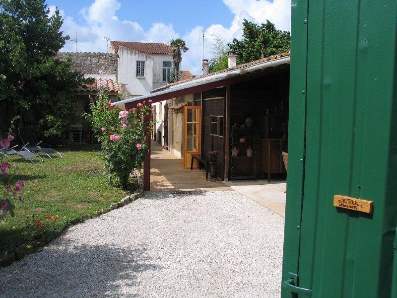 Belle maison de caractère Marennes Oléron., alquiler vacacional en La Gripperie-Saint-Symphorien
