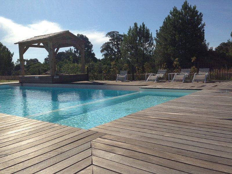 Porto Vecchio T2 rdj clim piscine prox. plage cala rossa, location de vacances à Lecci