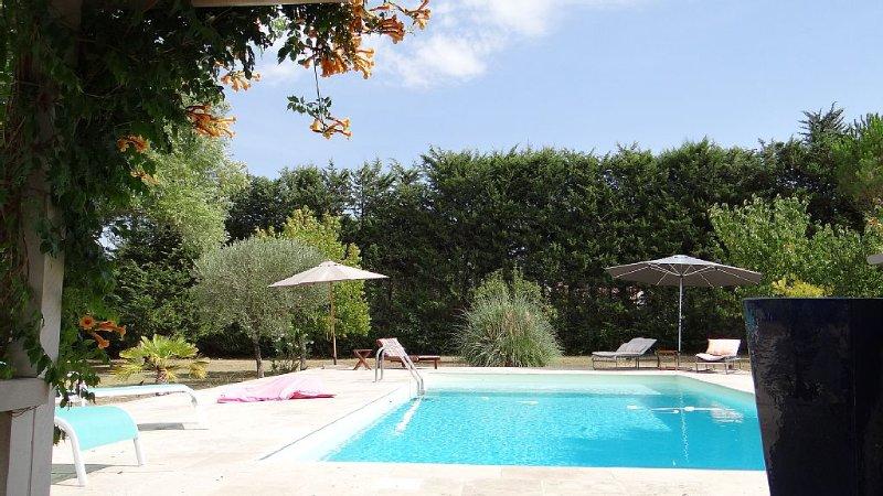 CASAMIGOS : maison indépendante avec piscine, vacation rental in Le Beausset