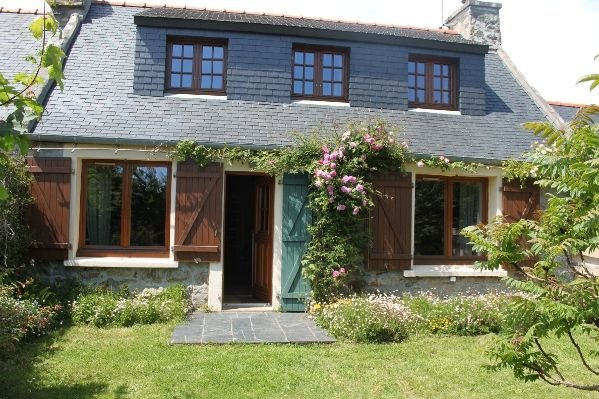 Penty breton traditionnel rénové et tout confort, vacation rental in Crozon