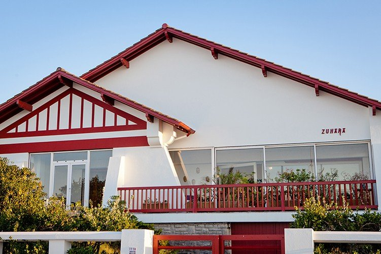 Lovely house on the seafront in HENDAYE with Garden, alquiler vacacional en Hendaya