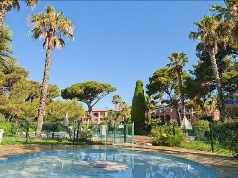 Appartement 6 pers. Bord de mer, face Porquerolles - Situation exceptionnelle, location de vacances à Hyères