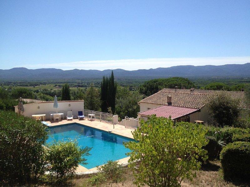 Loue Maison privative autour d'une belle et grande piscine dans Var bien située, holiday rental in Vidauban