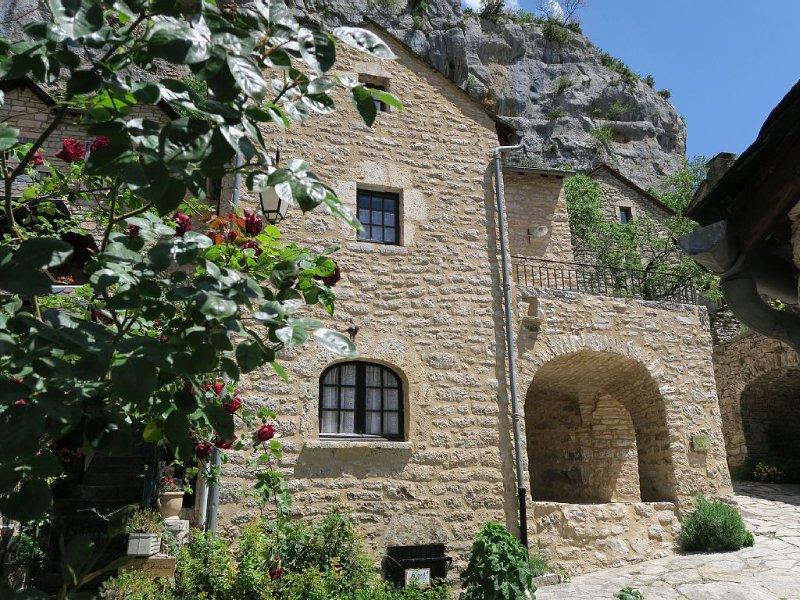 Maison de Charme en Lozère au cœur des Gorges du Tarn, location de vacances à La Malene