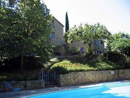 bergerie provençale restaurée dans un cadre calme et verdoyant, holiday rental in Sahune