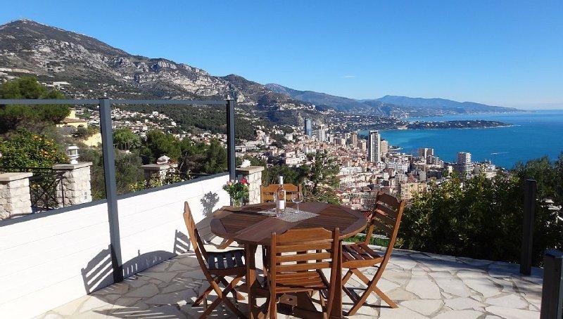 Monaco1,5km/25 km de panorama Monaco-Bordighera /Meublé de Tourisme *** /Jardin, casa vacanza a Monaco-Ville