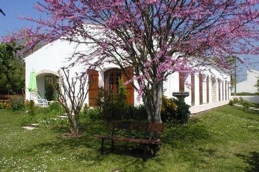 Au Coeur d'Oléron, maison de 150m² - Ménage - Draps et connexion wifi gratuite, vacation rental in Charente-Maritime