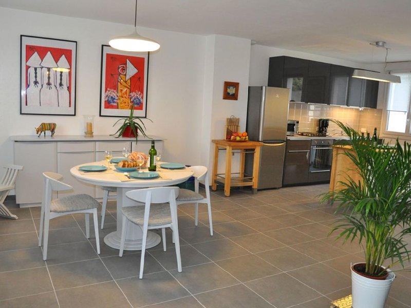 MAISON PORT NAVALO/LE MONTENO, vacation rental in Arzon