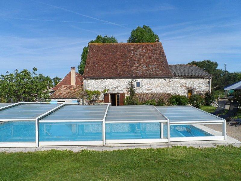 Gîte dans le Périgord pour 4 personnes avec piscine et parc privé, holiday rental in Lamonzie-Saint-Martin