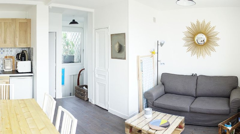 TROUVILLE CENTRE Last floor south facing, quiet, holiday rental in Trouville-sur-Mer