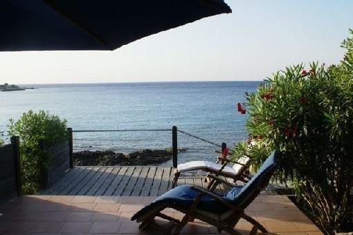 Bungalow 2 pièces, sur mer, exceptionnel, entre Calvi et Ile Rousse, vakantiewoning in Calvi